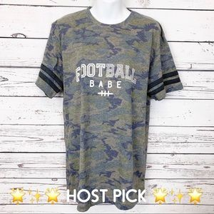 FOOTBALL BABE blue green camo T-shirt M